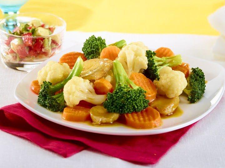 Californian chicken and mango stir-fry