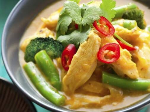 Pork and vegetables with curry