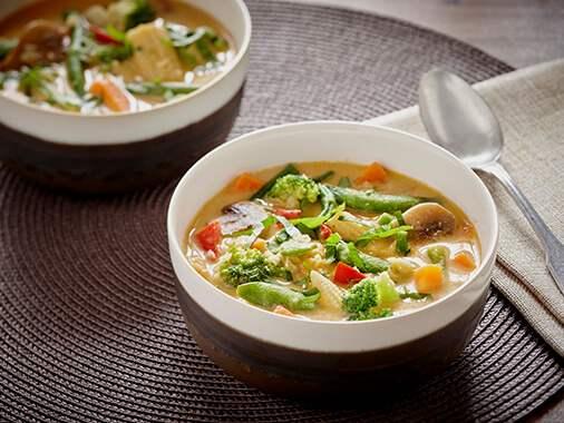 Soupe de lentilles rouges à la thaï