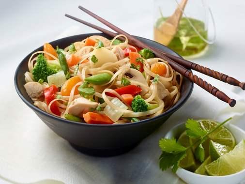 Asian vegetable noodle salad