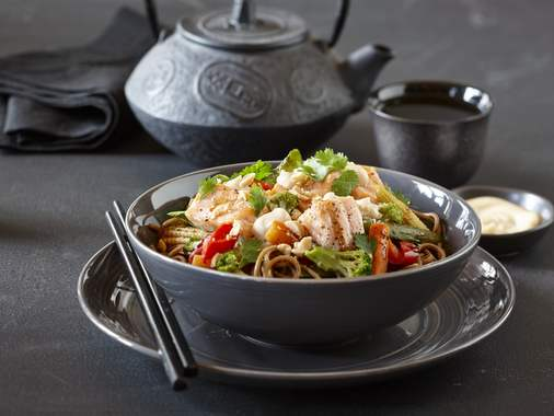 Soba noodle, vegetable and salmon bowl