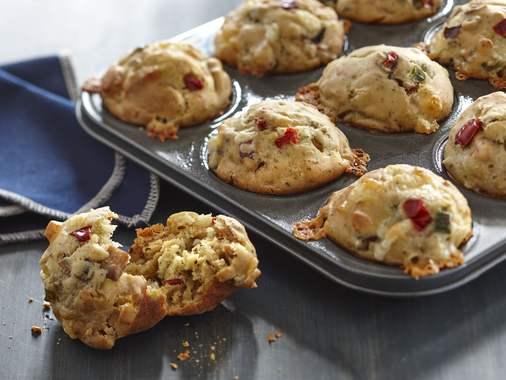 Salty bacon cheddar veggie muffins
